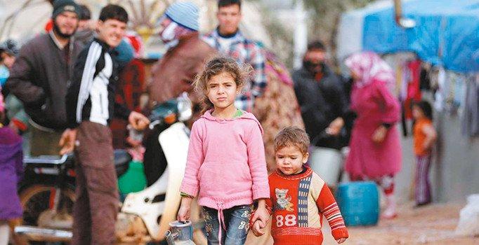 صورة صحيفة: 7 أكاذيب حولت اللاجئين لضحايا