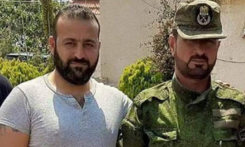 صورة مصرع قائد مليشيا على يد تنظيم الدولة بالرقة
