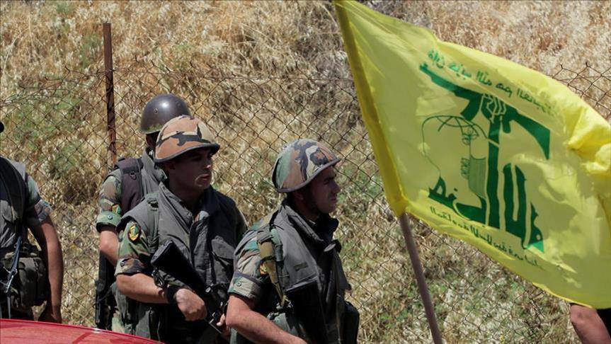 صورة مفاوضات بين حزب الله والحر بعرسال