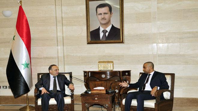صورة وفد من سلطنة عمان يلتقي وزراء الأسد