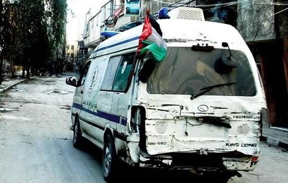 صورة العمل الإنساني بسوريا كلف عشرات الفلسطينيين أرواحهم وحرياتهم