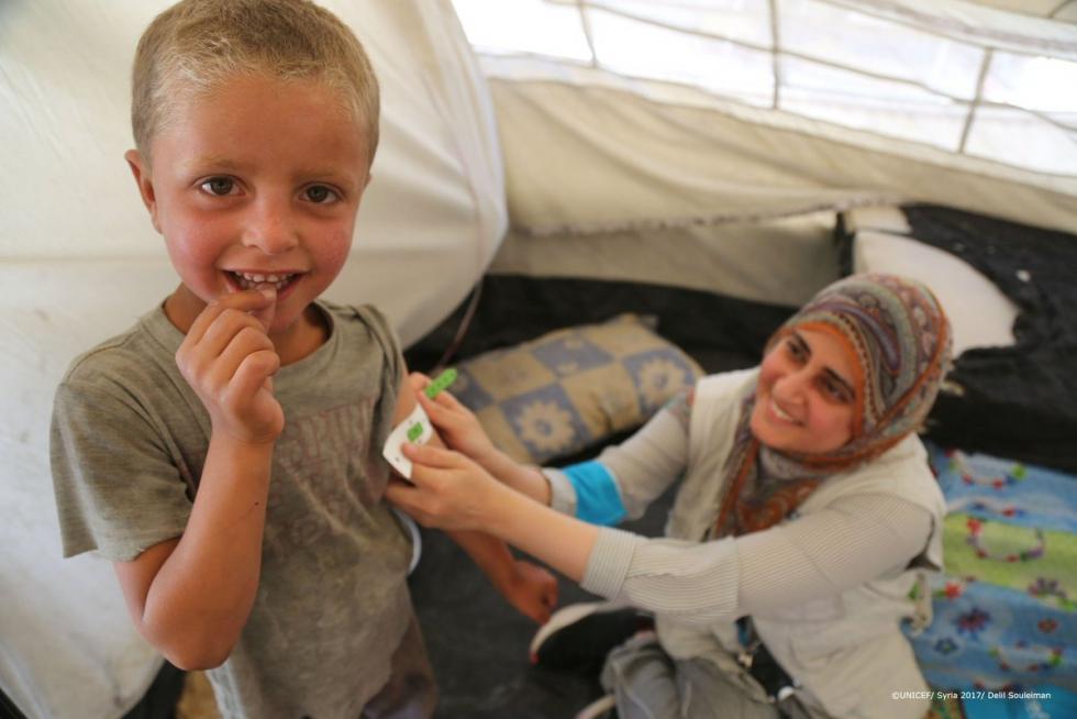 صورة مطالب بتوفير دعم نفسي لأطفال الرقة