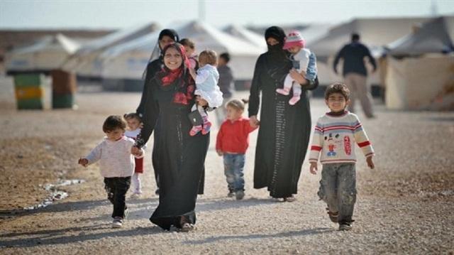 صورة نجاح مذهل لعائلة سورية بتركيا..3 شهادات جامعية