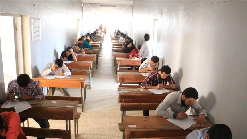 صورة رغم الحرب..جامعة إدلب الحرة تواصل مسيرتها التعليمية