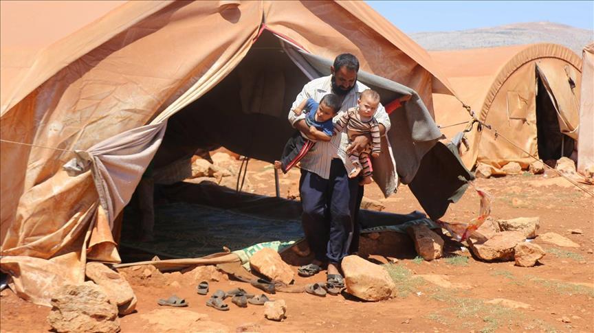 صورة خيمة ثانية..حلم أسرة سورية لم يتحقق