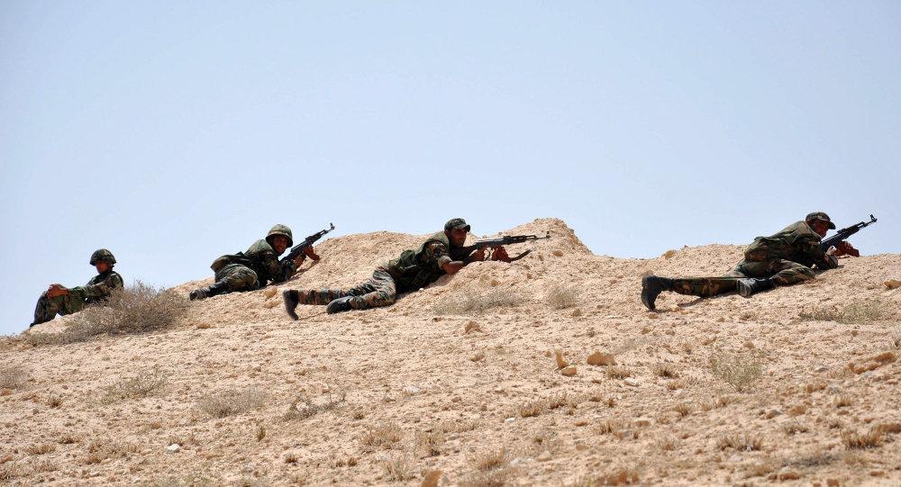 صورة تنظيم الدولة يطبق على دير الزور مجدداً