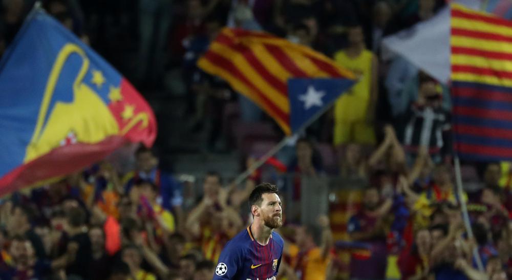 صورة برشلونة يركز على الكرة لا على الاستقلال