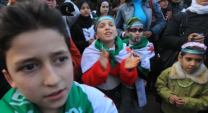 صورة السوريون بمصر.. غياب الدعم ومصاعب الحياة
