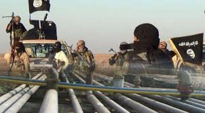 صورة %80 من نفط دير الزور وكامل حقول الغاز بيد تنظيم الدولة