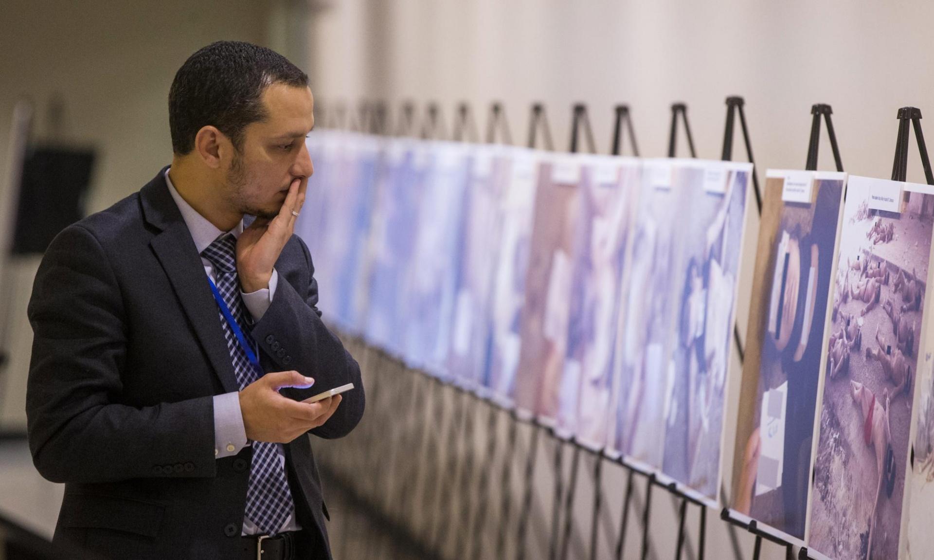 """صورة مدع ألماني ينظر بدعوى """"قيصر"""" عن التعذيب بسوريا"""