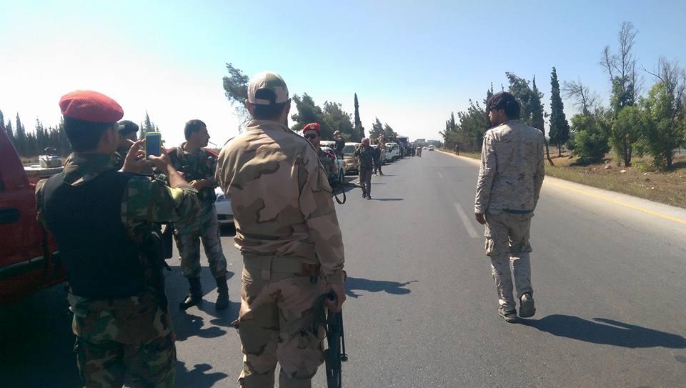 """صورة التحالف: قافلة تنظيم """"الدولة"""" تحت أنظارنا"""