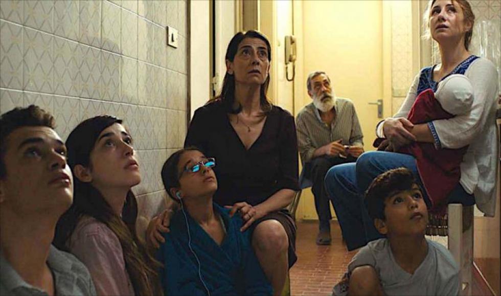 صورة فيلم بلجيكي يجسد معاناة عائلة سورية حاصرها الأسد