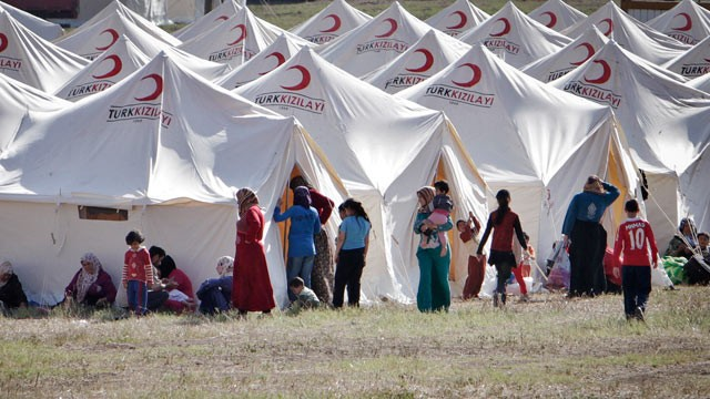 """صورة الدعم المقدم من المجتمع الدولي  """"قليل للغاية..تركيا: أنفقنا 30 مليار على اللاجئين السوريين"""
