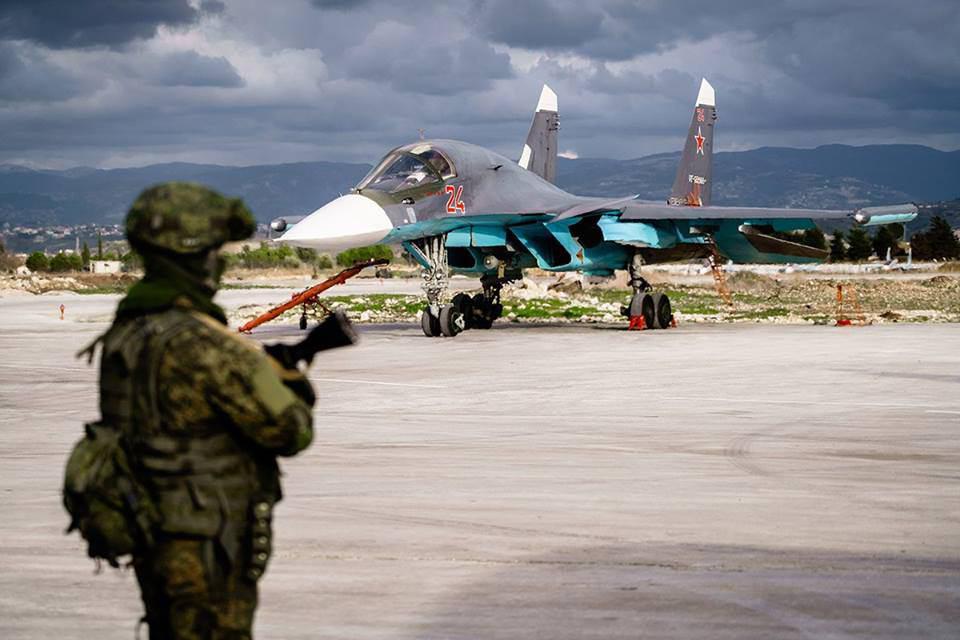 """صورة روسيا تستخدم قنابل """"خارقة للتحصينات"""" بدير الزور"""