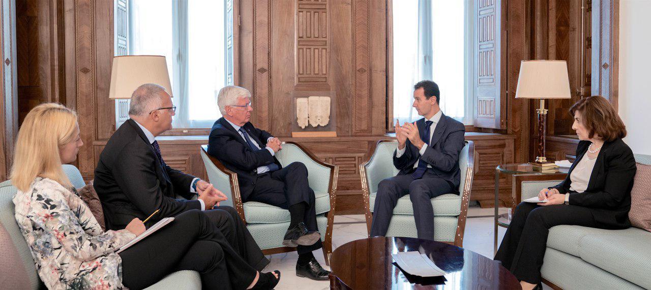 صورة وفد برلماني إيطالي يلتقي بشار الأسد