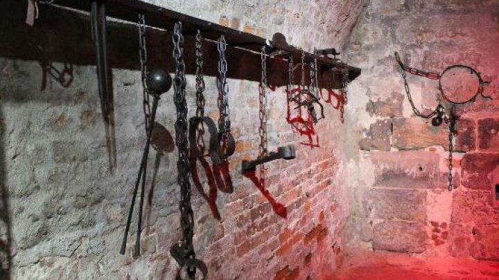 صورة ارتفاع عدد ضحايا التعذيب من الفلسطينيين بسجون الأسد لـ473