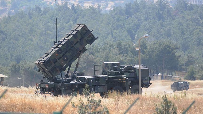 """صورة إسرائيل تعترض طائرة قرب الجولان بصاروخ """"باتريوت"""""""