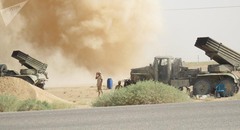 صورة الصليب الأحمر: دير الزور تتعرض لأسوأ هجوم من الأسد وروسيا