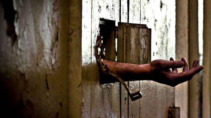 صورة النظام يزج بمعتقلين سوريين وفلسطينيين في ساحات المعارك