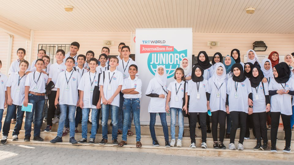 """صورة """"تي آر تي"""" التركية تختتم مشروع تعليم الصحافة للأطفال السوريين"""