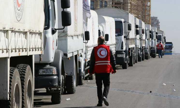 صورة قافلة مساعدات لأربعين ألف شخص تدخل الغوطة الشرقية