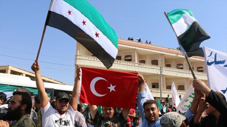 صورة سوريون يرحبون في حلب وإدلب بانتشار الجيش التركي