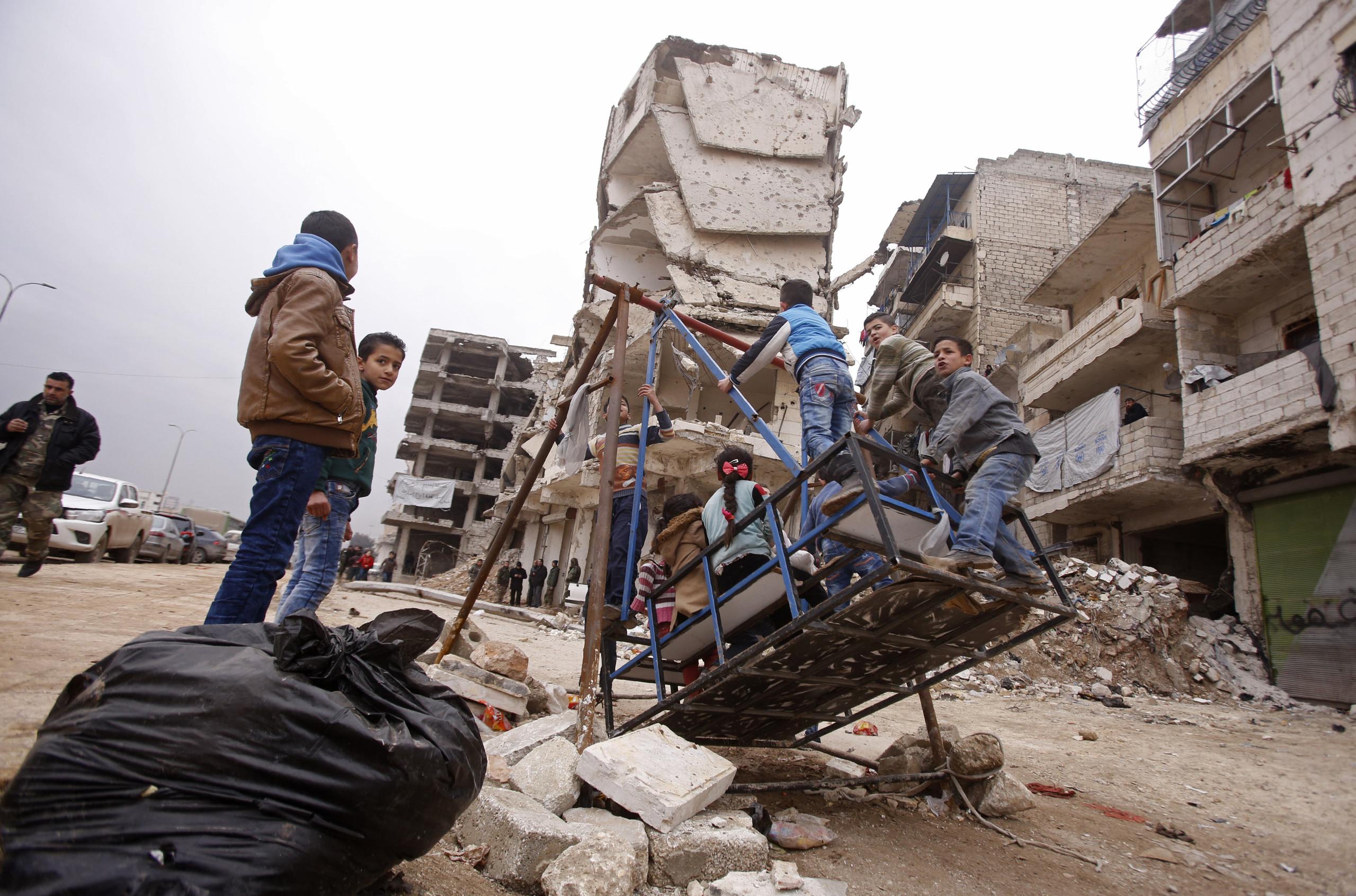 صورة دي ميستورا: 250 مليار دولار تكلفة إعادة إعمار سوريا