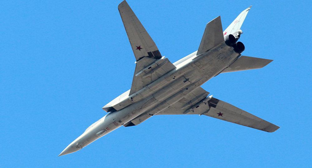 صورة قاذفات روسية تضرب تنظيم الدولة في سوريا