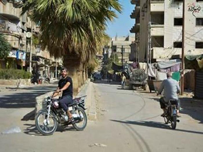 صورة داعش يمنع خروج أهالي وطلاب مخيم اليرموك