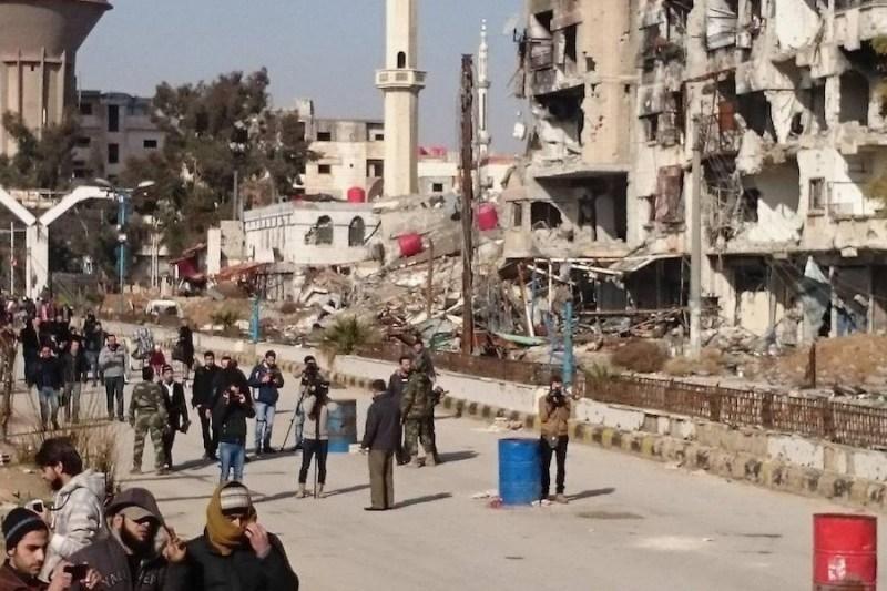 """صورة نظام الأسد يعيد فتح معبر """"ببيلا"""" جنوبي دمشق"""
