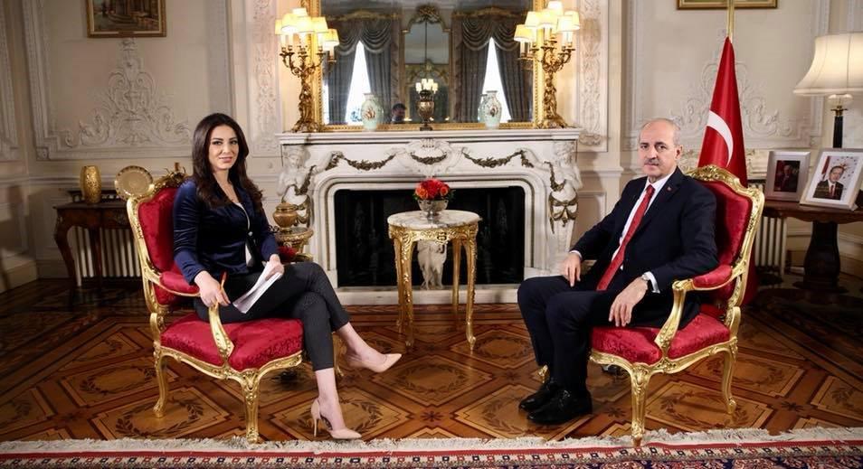 صورة وزير السياحة التركي: إعادة إصدار الفيزا للسوريين مرهون بعدّة عوامل