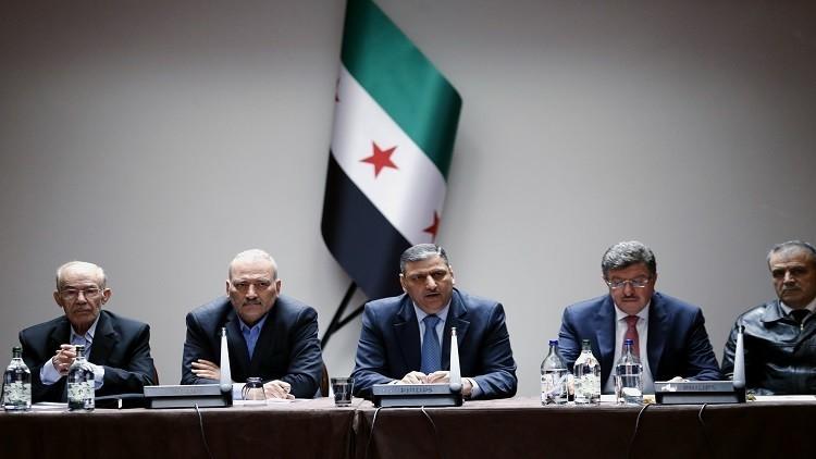 صورة المزيد من الاستقالات ضمن العليا للمفاوضات