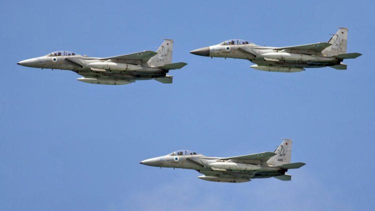 صورة مسؤول إسرائيلي: سنبيد إيران بسوريا