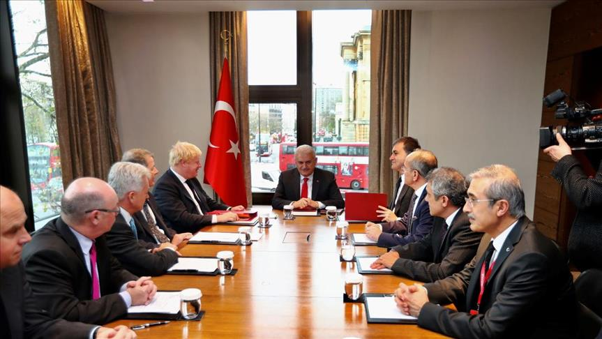 صورة سوريا على طاولة المباحثات البريطانية التركية