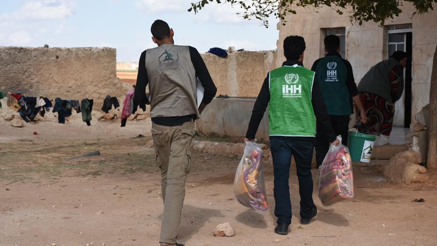 صورة الإغاثة التركية تقدّم مستلزمات شتوية لمليوني سوري