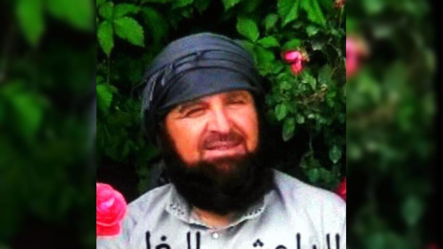 """صورة قتل شقيقه لإثبات ولائه لـ""""داعش"""""""