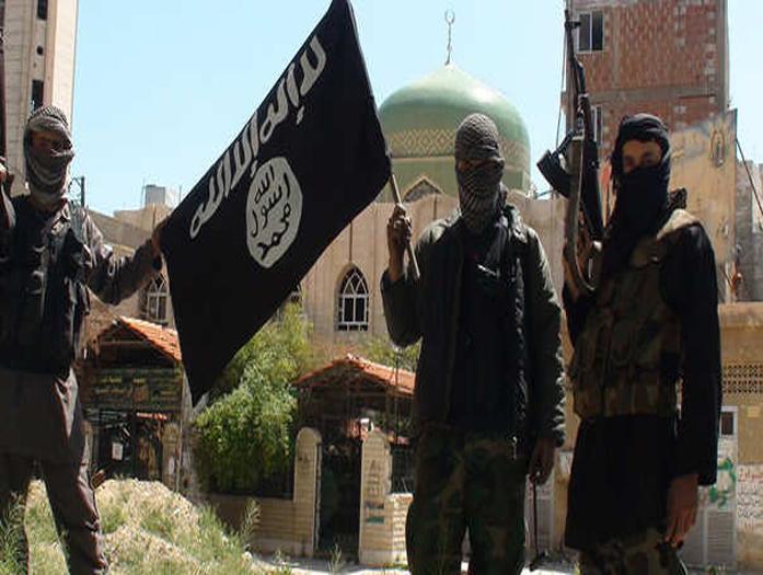 صورة مصادر: داعش يعتزم اعدام 4 من عناصره..بماذا اتهمهم؟