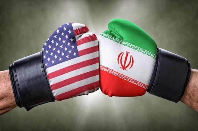 صورة وزير الدفاع الأمريكي: لن نرد على إيران عسكريا