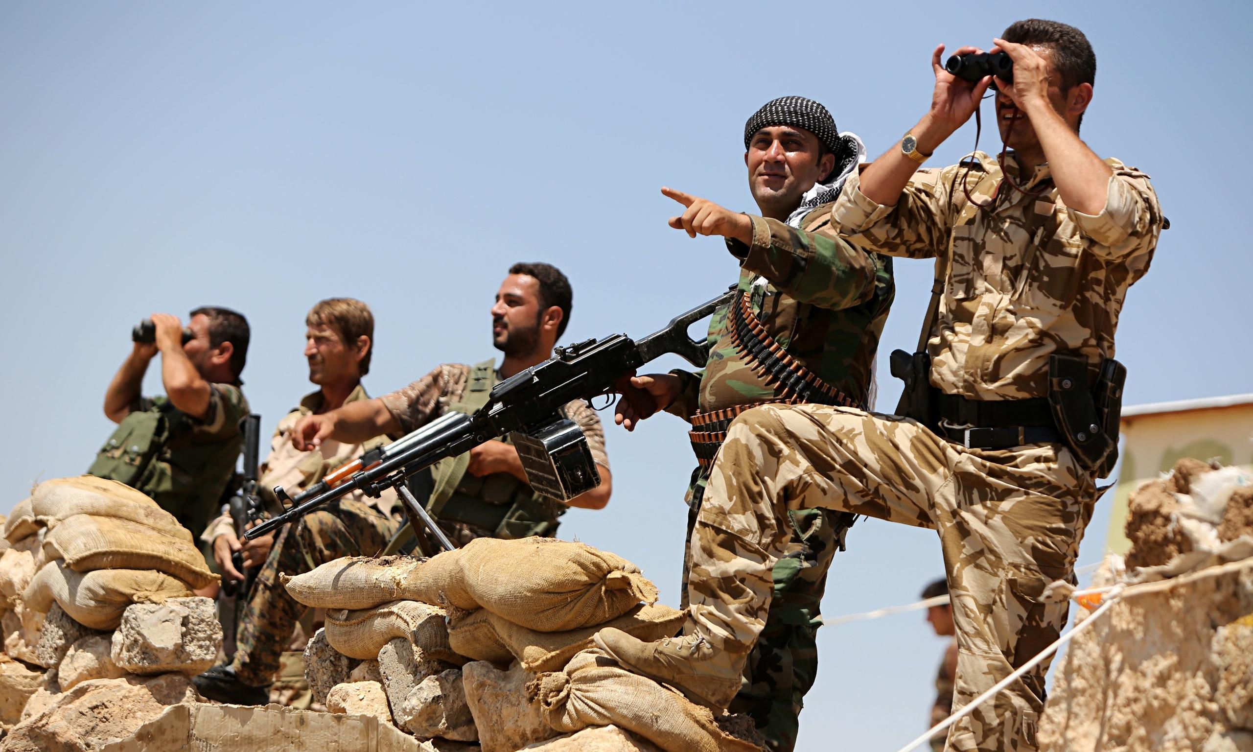 صورة معركة الرقة..2000شهيد و500 ألف مشرد