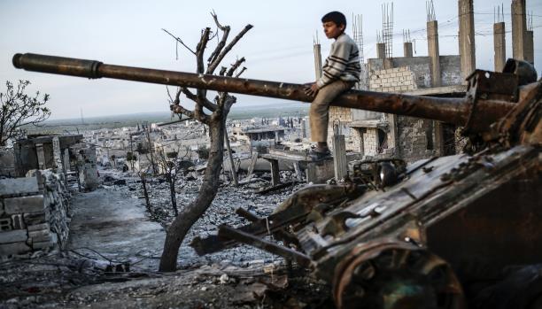 """صورة حرب الأسد على الثورة حولت سوريا لـ""""كارثة القرن"""""""