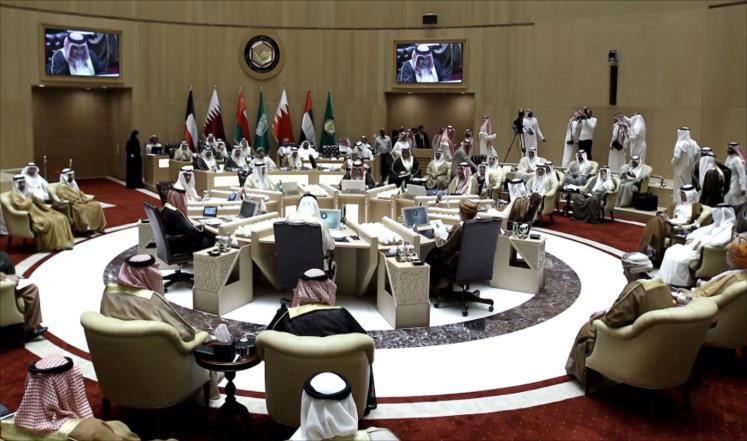 صورة القمة الخليجية تتجه للانعقاد في موعدها