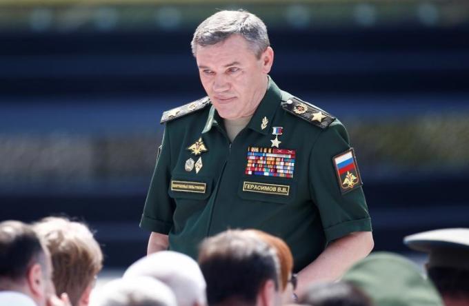 صورة الأركان الروسية: واشنطن تدريب مقاتلين بتنظيم الدولة