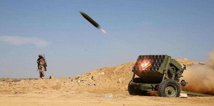 """صورة قوات الأسد تهاجم درعا بصواريخ """"بركان"""""""