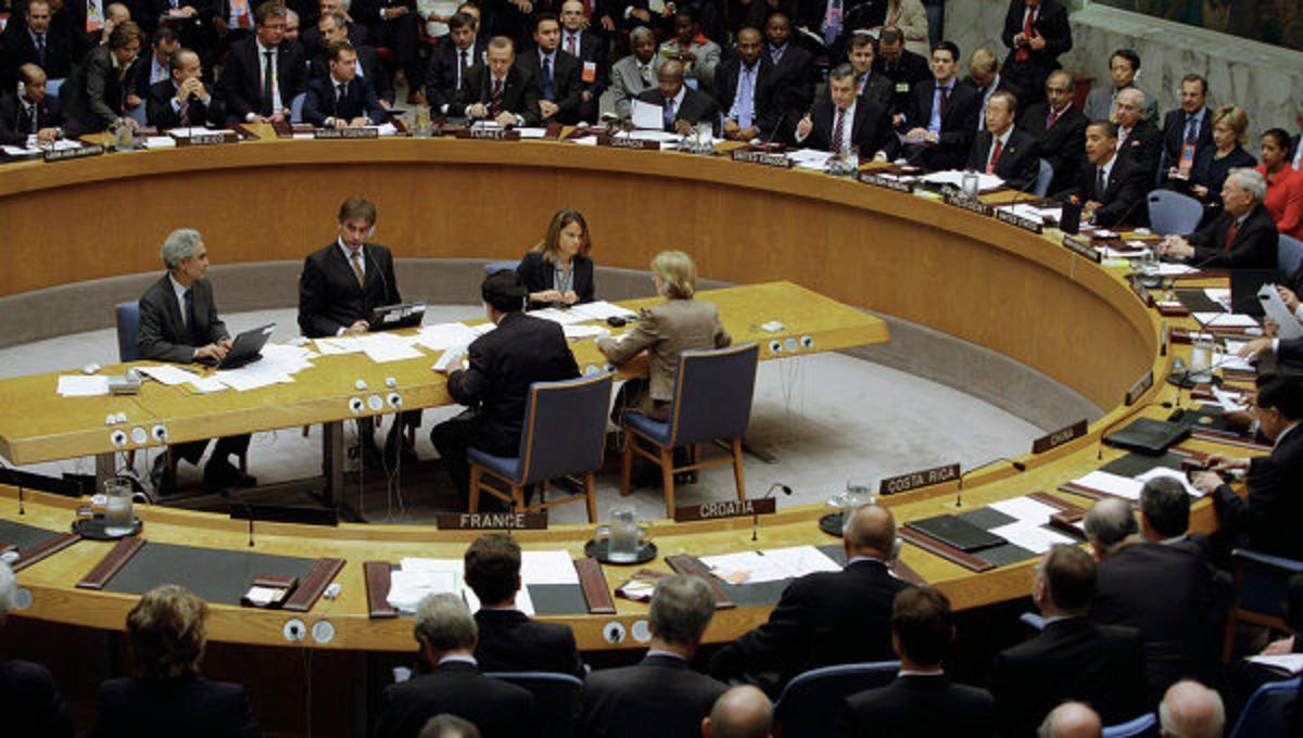 صورة هل يدخل مجلس الأمن الصدام السياسي بين الأسد والمعارضة؟
