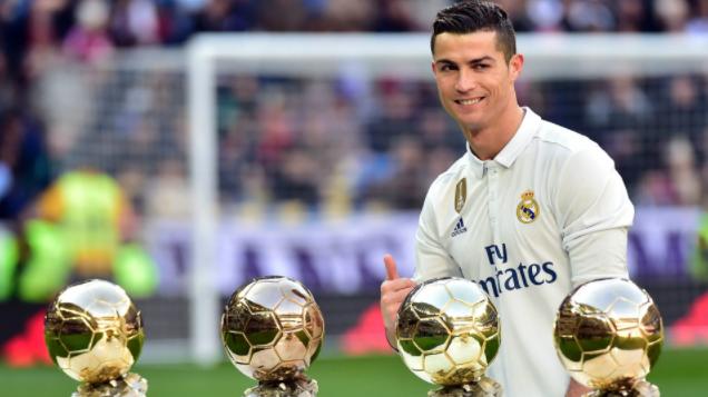 """صورة الكرة الذهبية تختار """"رونالدو"""" للمرة الخامسة"""