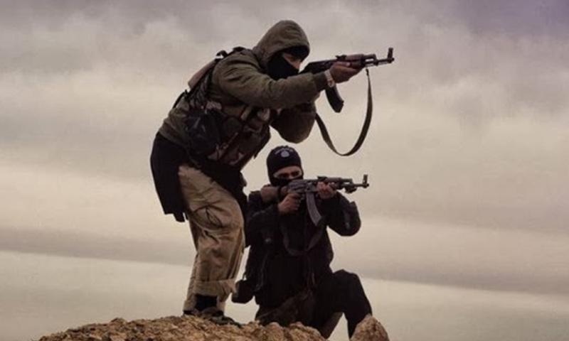 """صورة تنظيم """"الدولة"""" يهاجم """"الحر"""" قرب الحدود السورية العراقية"""