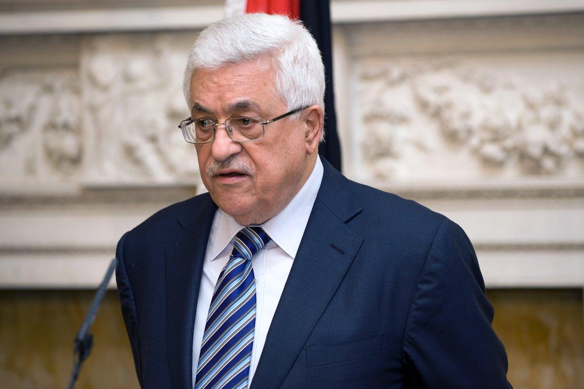 صورة عباس: قرار ترامب بشأن القدس جريمة كبرى