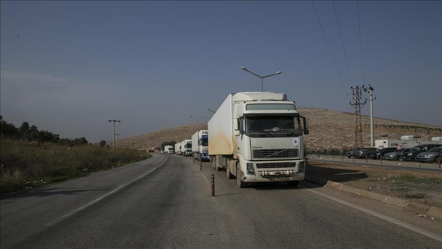 صورة قافلة مساعدات أممية تتجه إلى إدلب