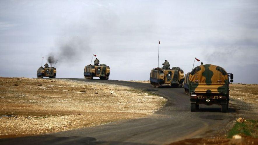 صورة مجهولون يهاجمون رتلا عسكريا تركيا قرب حلب