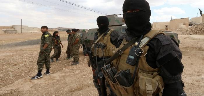 """صورة المئات من تنظيم الدولة يساندون """"قسد"""""""